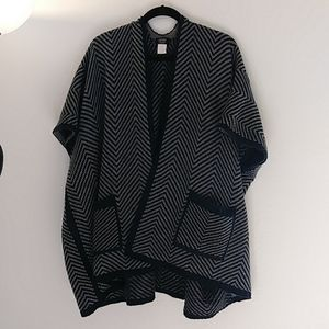 🔥SALE🔥Jones New York Sweater Shawl